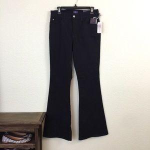 NWT NYDJ Lansing Flare Size 10 black pant